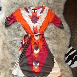 BCBG Multi colored 3/4 sleeve dress.